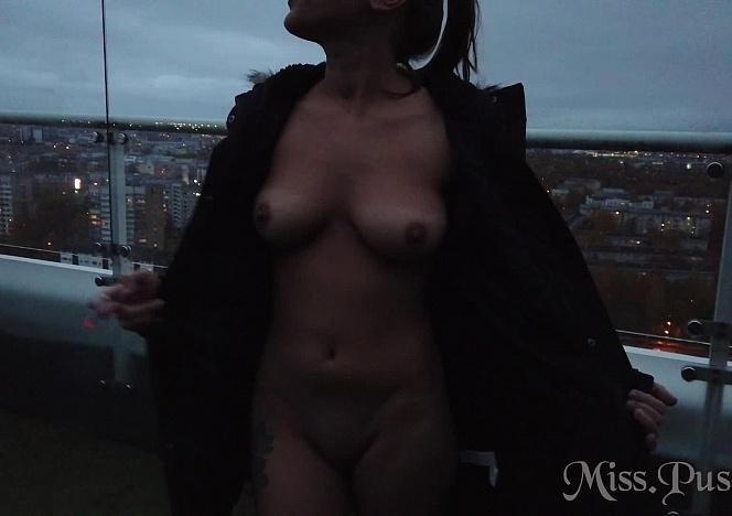 102420_girls_night_at_the_penthouse_jacuzzzi_sauna_lesbian_orgasm_misspussycat
